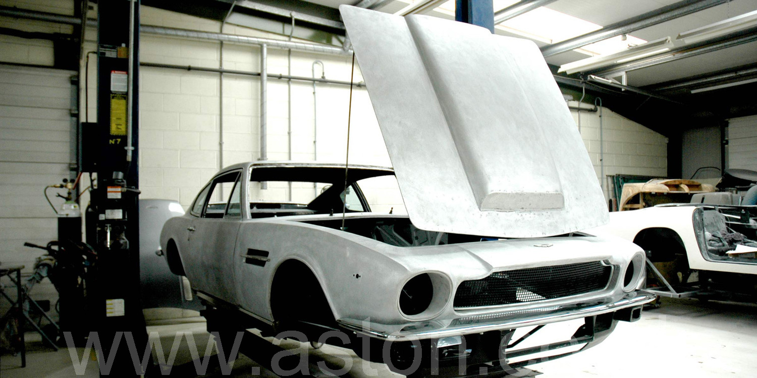 V Project Car For Sale From The Aston Workshop - Aston martin restoration project for sale