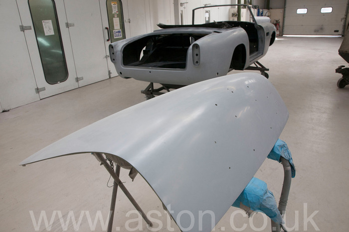 1964 aston martin convertible restoration detail