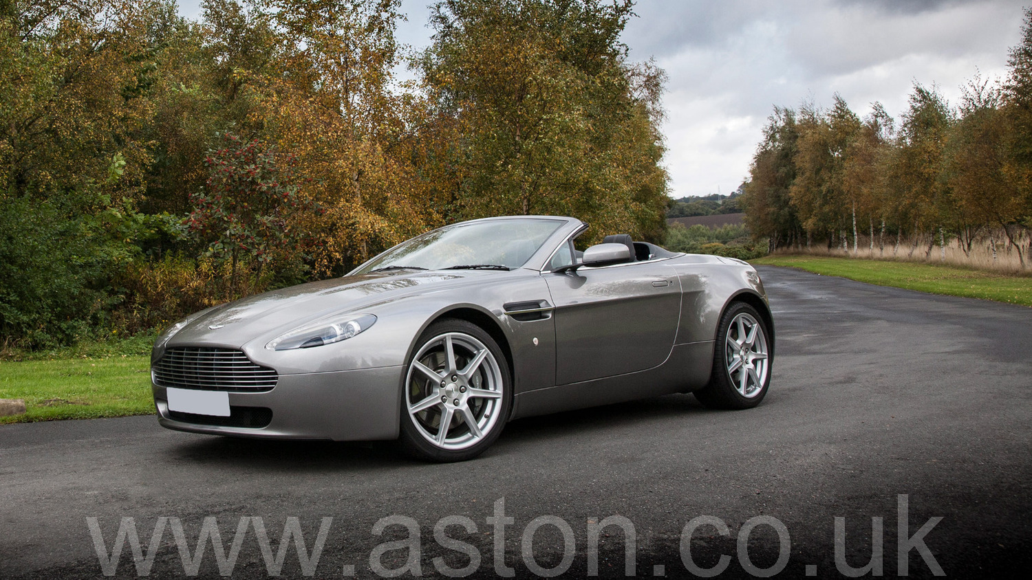 2008 aston martin amv8 vantage roadster for sale aston workshop. Black Bedroom Furniture Sets. Home Design Ideas