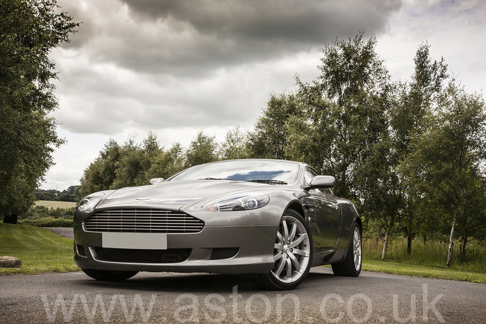 Aston Martin DB9 Coupe